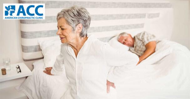 Thận trọng với triệu chứng đau lưng khi nằm ngủ