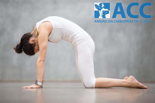 bài tập yoga chữa vẹo cột sống
