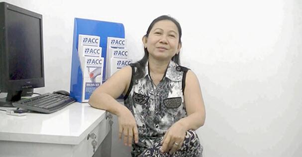 Cô Tuyết, 53 tuổi, ở Sóc Trăng, lành bệnh cột sống sau khi điều trị tại ACC