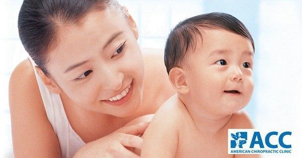 Chữa đau lưng không dùng thuốc an toàn cho mẹ sau sinh