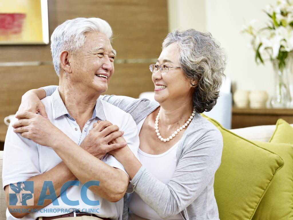 chữa thoát vị đĩa đệm cho người lớn tuổi