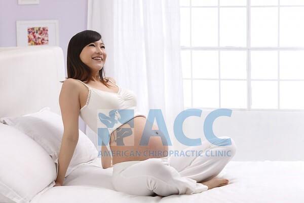 chữa đau lưng cho thai phụ