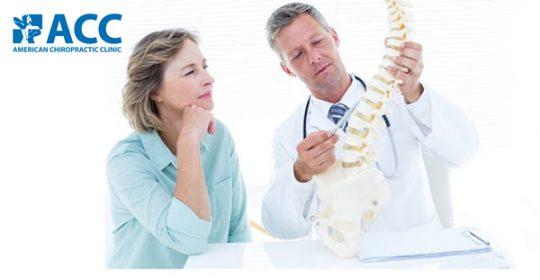 Bác sĩ Wade chia sẻ về phương pháp chữa đau cột sống lưng trên báo Zing News