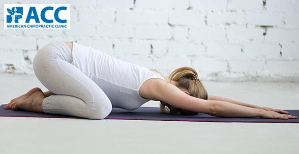 5 tư thế yoga hỗ trợ điều trị thoái hóa đốt sống cổ
