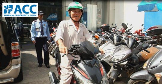 Hành trình tạm biệt xe đẩy – tự chạy xe máy của bệnh nhân ACC