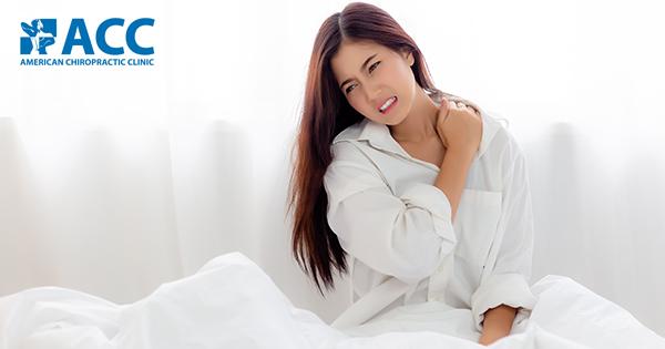 Đau cứng cổ sau khi ngủ dậy nguyên nhân do đâu?