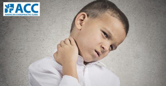 Đau cổ ở trẻ em: Dấu hiệu nguy hiểm không thể xem thường