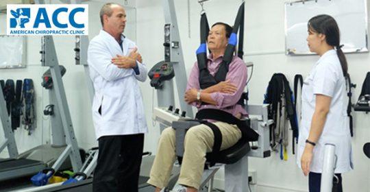 Bác sĩ Wade chia sẻ bài tập phục hồi sau tai biến trên báo Vietnamnet