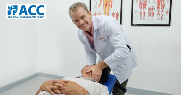 5 cách ngăn ngừa đau cổ đơn giản cho dân văn phòng