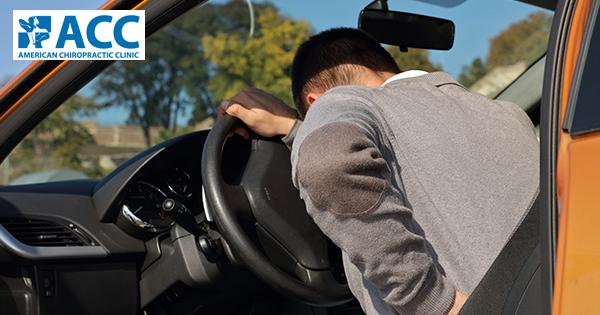 đau thần kinh tọa khi lái xe đường dài