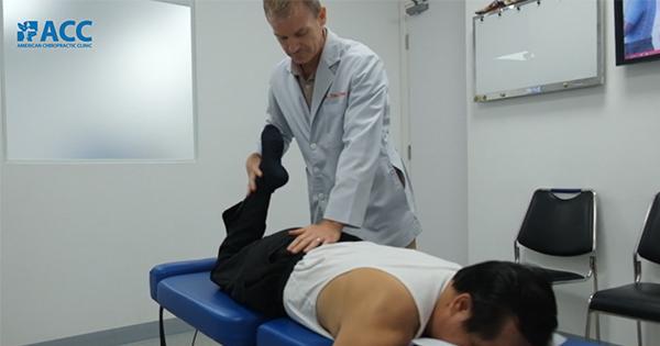Đau lưng không chừa một ai, tại sao nên điều trị sớm?