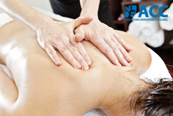 massage bấm huyệt tại nhà