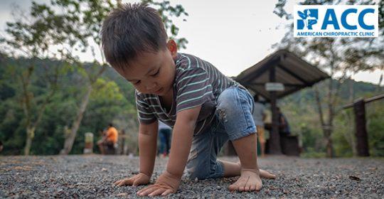 Hướng dẫn cách kiểm tra hội chứng bàn chân bẹt ở trẻ