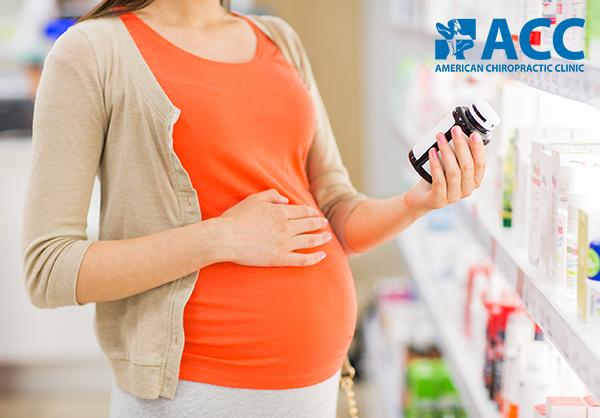 mẹ bầu bị đau lưng có nên uống thuốc giảm đau không
