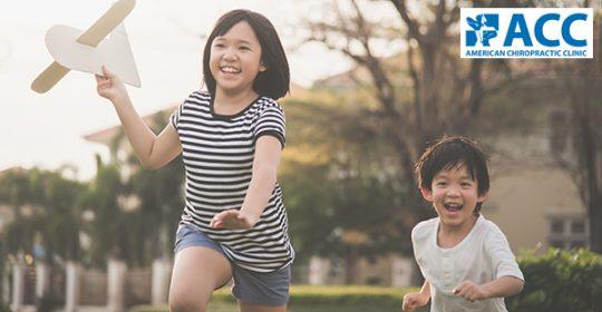 Trẻ bị bàn chân bẹt có chữa được không?