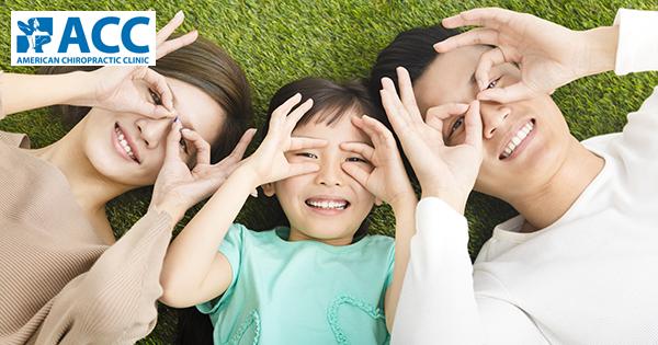 Trẻ bị bàn chân bẹt: bố mẹ nên làm gì và không nên làm gì?