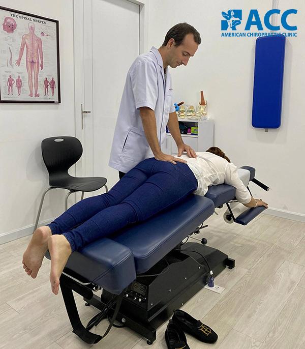 trị đau thần kinh tọa tại phòng khám ACC