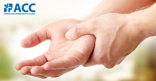 Đâu là cách chữa thoái hóa khớp tay hiệu quả?