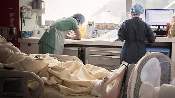 nhân viên y tế dễ bị đau xương khớp