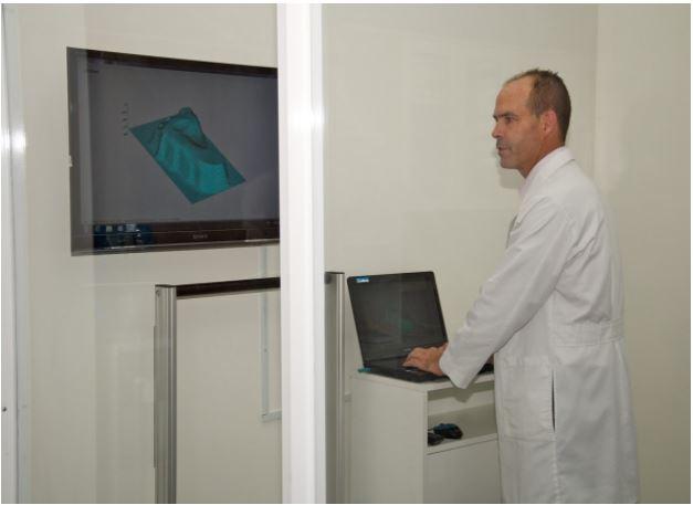 Thông số đế chỉnh hình được ghi nhận chuẩn xác với công nghệ CAD-CAM từ Thụy Sĩ