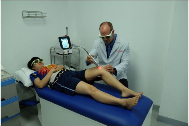 điều trị chấn thương mô mềm đầu gối