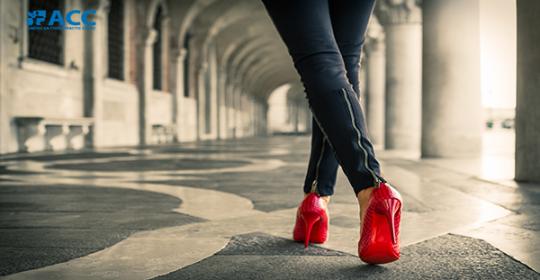 8 tác hại của giày cao gót không phải ai cũng biết