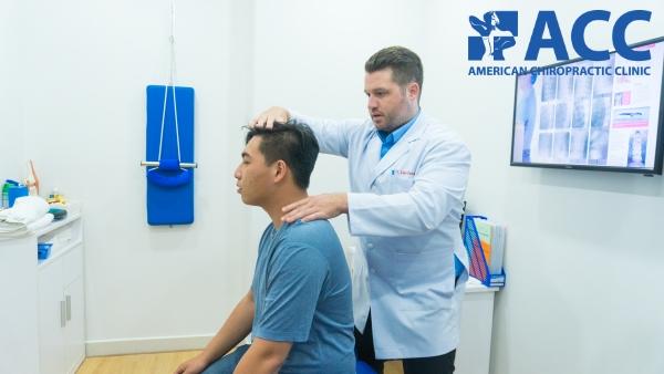 trị liệu thần kinh cột sống là cách chữa đau vai gáy an toàn và hiệu quả