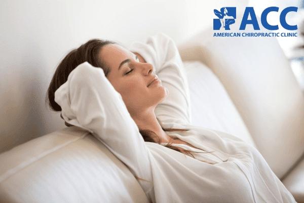 Người bị đau cột sống lưng nên có chế độ nghỉ ngơi hợp lý