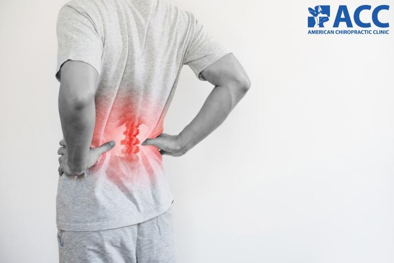 thoái hóa đốt sống thắt lưng gây ra những cơn đau nhức vùng thắt lưng