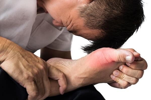 đau nhức xương khớp toàn thân do bệnh gout