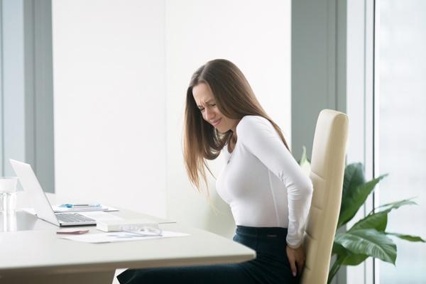 ít vận động khiến người trẻ dễ bị đau nhức
