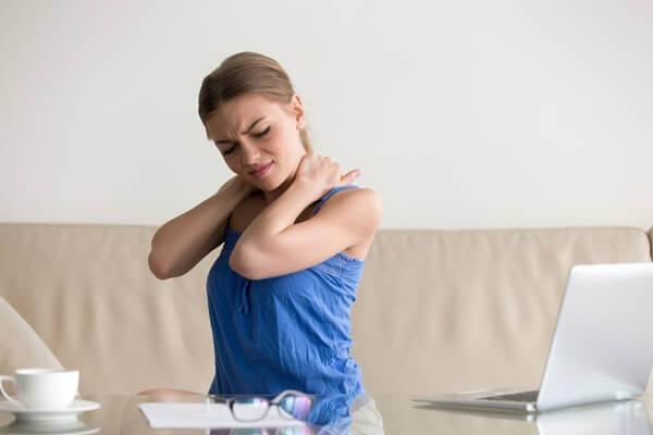 tình trạng đau cơ phổ biến ở người trẻ