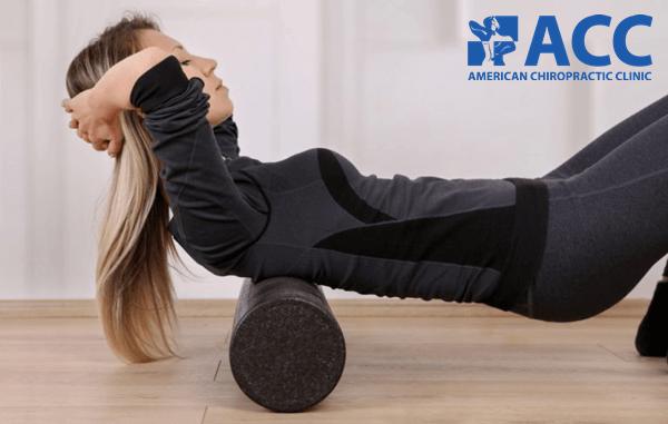 bài tập chữa gù lưng với ống lăn