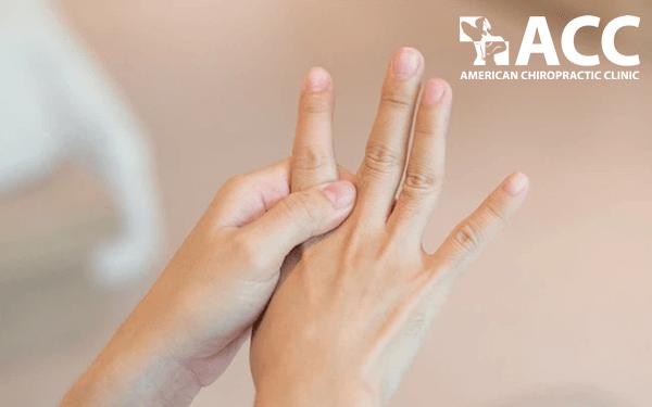 biến chứng bong gân ngón tay