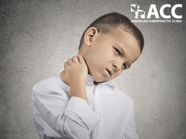 chứng đau cổ ở trẻ em