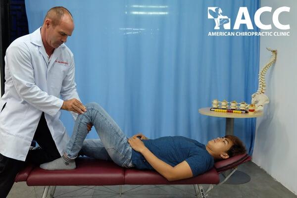 chứng đau lưng kèm theo đau gối