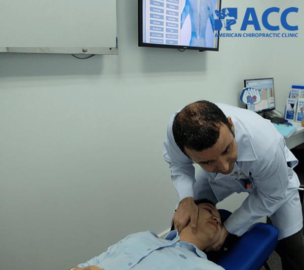 điều trị đau đầu căng cơ bằng trị liệu thần kinh cột sống