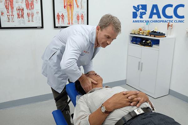 trị đau bắp tay bằng phương pháp trị liệu thần kinh cột sống