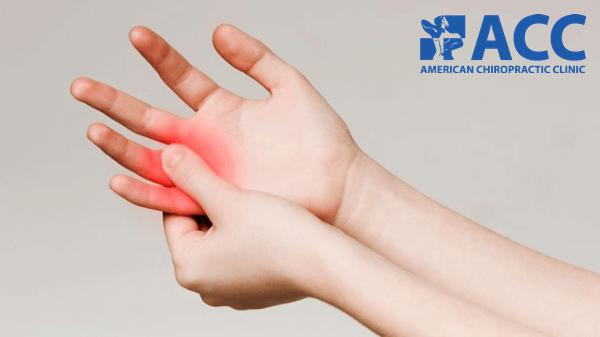 Tê đầu ngón tay do dây thần kinh trụ bị chèn ép