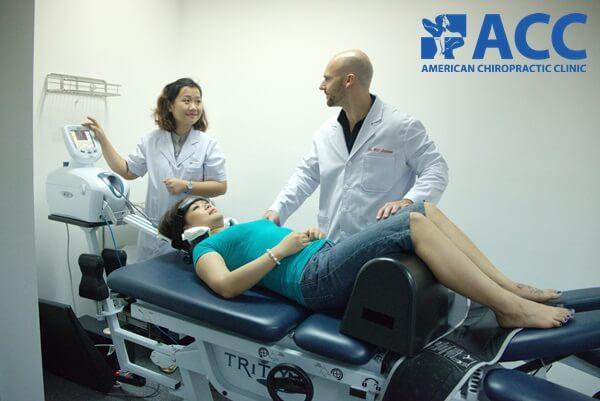 điều trị thoái hóa đốt sống cổ bằng phương pháp trị liệu thần kinh cột sống