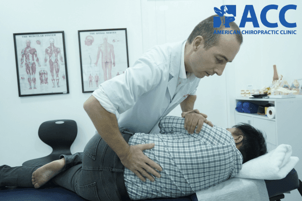 trị thoái hóa cột sống bằng phương pháp nắn chỉnh cột sống
