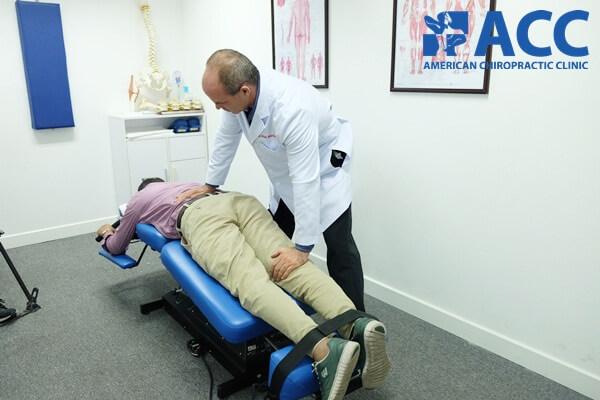 Trị liệu thần kinh cột sống Chiropractic