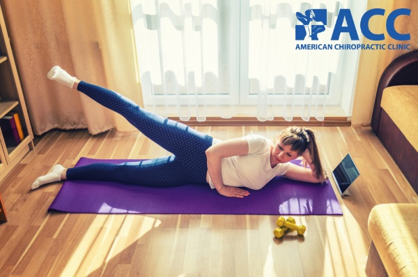 bài tập chữa đau lưng tư thế nâng chân