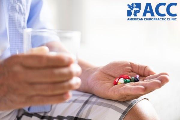thuốc giảm đau hỗ trợ điều trị thoát vị đĩa đệm