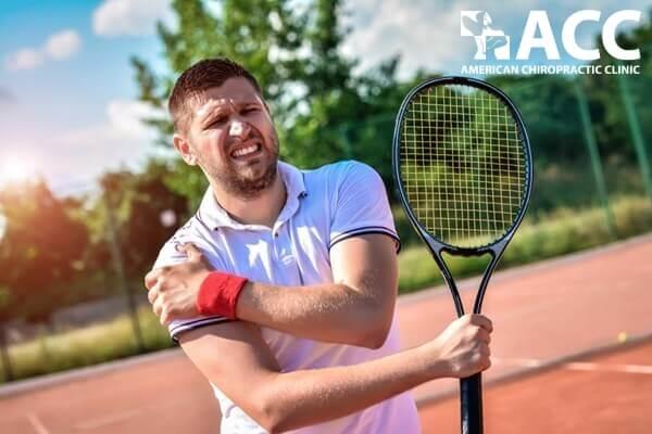 Viêm khớp vai thường xuất hiện ở vận động viên tennis