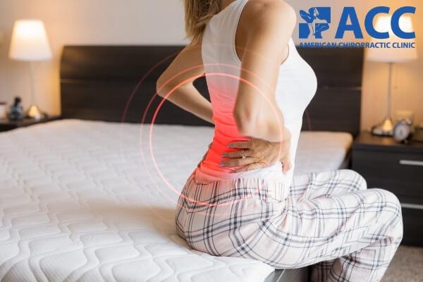 triệu chứng thoái hóa cột sống lưng