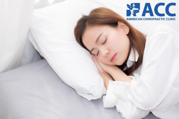 nghỉ ngơi giúp giảm đau đầu sau gáy