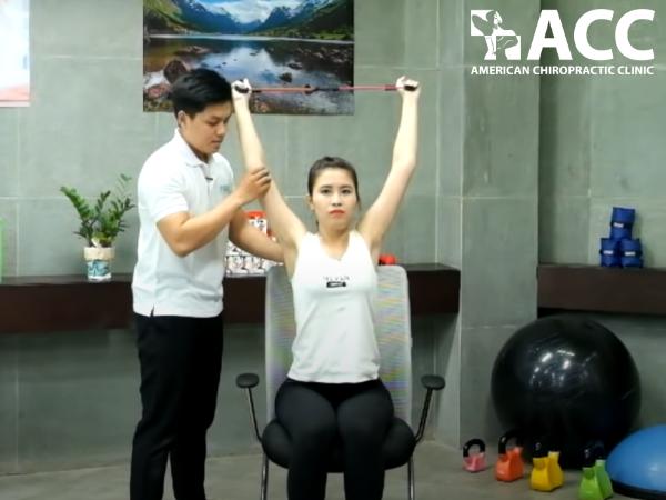 Bài tập giãn cơ ngực